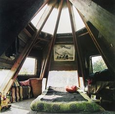 forget a beach view, i want this room.