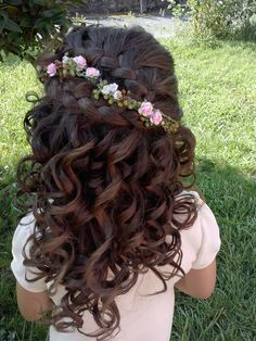 curl hair with wide loop and braid that Junior Bridesmaid Hair Braid curl Hair loop wide Flower Girl Hairstyles, Little Girl Hairstyles, Pretty Hairstyles, Pagent Hair, Bridesmaid Hair Curly, Communion Hairstyles, Girl Hair Dos, Bridal Hair Vine, Toddler Hair