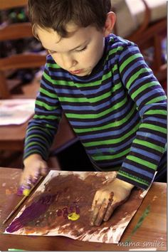 Painting with kids at mamasmiles.com - tips to make the most of this activity that engages so many senses.