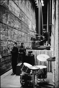 The Beatles (backstage)