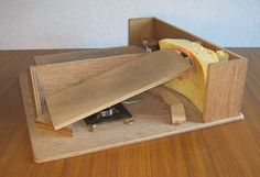 A bit of mechanical ingenuity makes building this foot-controlled mouse into a fun project. It consists of a platform which hosts one pedal for each foot. The right foot controls the movement of th… Mice Control, Make Build, Fun Projects, Computer Mouse, Keyboard, Homemade, Side View, Summary, Hands
