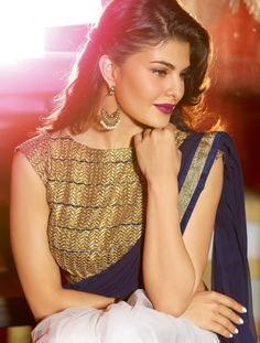 Off-White Navy Blue Jacqueline Fernandez Saree Mode Bollywood, Bollywood Saree, Bollywood Fashion, Bollywood Actress, Bollywood Makeup, Saree Fashion, Indian Bollywood, Indian Sarees, Jacqueline Fernandez