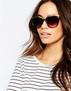 Image 3 ofNew Look Rose Gold Trim Sunglasses