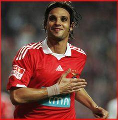 Nuno Gomes (A)