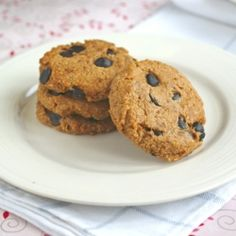 Butterscotch Oatmeal Chocolate Chip Cookies--a classic, made without gluten, eggs or sugar!