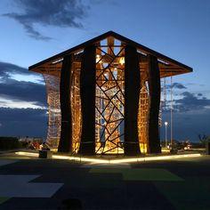JungleUp Gym | Matteo Ferri e Michela Citarelli | Pesaro (Italia) Wooden Architecture, Made Of Wood, Marina Bay Sands, Urban, Building, Italy, Buildings, Architectural Engineering