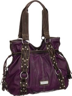 I would probably think of a purple purse more in the fall time but I love this! Chanel Handbags, Handbags Michael Kors, Purses And Handbags, Michael Kors Bag, Handbag Accessories, Fashion Accessories, Purple Purse, Marc Jacobs Handbag, Bordeaux