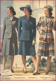 Smart, sensible, style suit look from the Sears winter 1942-43 catalog. #fashion #vintage #1940s