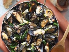 Mussels with Blue Cheese Cream Sauce
