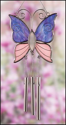 Might try a butterfly something like this sometime, minus the chimes! #StainedGlassVitrales #StainedGlassDragonfly