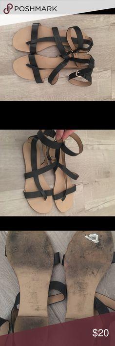 8fa5f4ec684d Like New! Splendid Ankle Sandals Size 8.5 Black flat sandal with ankle  strap Splendid Shoes