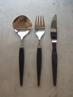 O, and look at these! Flatware called Extrême by Swedish Ainar Axelsson for GAB in the 1950s.