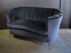 http://www.eburytrading.com/item.php?id=ico-parisi-sofa3