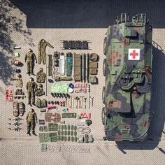 Military medical boxer from the Royal Netherlands Army (Tetris Challenge / Knolling trend) by TheGlobalExpert. Emergency Responder, Volunteer Fire Department, Bug Out Vehicle, Emergency Vehicles, Police Cars, Military History, Lego Sets, Armed Forces, Fire Trucks