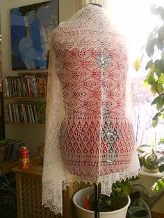 Knitted Shawls, Beautiful Patterns, Quilts, My Love, Sewing, Knitting, How To Make, Crafts, June