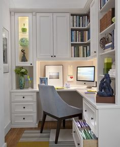 Office nook- this looks like a space I'd love