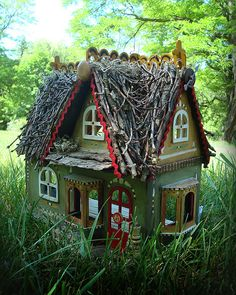 tiny tiny house. This house looks so quaint that I think I would have to make little Hansel and Gretal grave markers as lawn decor.