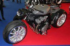 Suzuki GSX-R 1100 Bobber
