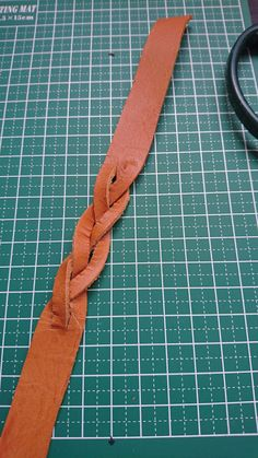 LIMIAは、「自分らしい住まい」を発見できる住まい作りコミュニティです。 Leather Craft, Diy And Crafts, Jewelry Making, Sewing, How To Make, Handmade, Accessories, Shoes, Manualidades