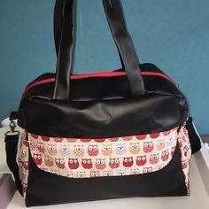 Les Aiguilles De Marie sur Instagram: Voilà le résultat ! Un joli sac à langer trop chouette ! Assorti à la poussette ! #sacalanger #sac #chouette #simili #faitmain #rouge…