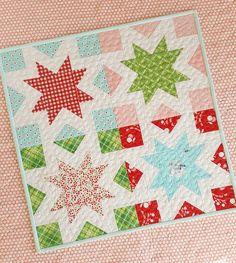 Woodberry Way Star Kisses Mini Quilt Pattern