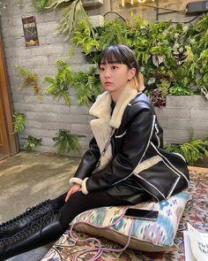 Korean Fashion Tips .Korean Fashion Tips Indie Fashion, New Fashion, Korean Fashion, Girl Fashion, Vintage Fashion, Fashion Tips, Korean Star, Korean Girl, Asian Girl