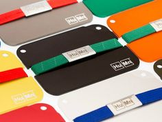 When it comes to minimalism, it doesn't get more minimal than the Humn Men's Mini Wallet.