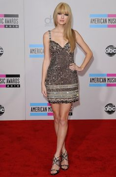Taylor Swift Photos - 2010 American Music Awards - Arrivals - Zimbio
