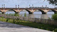 Les quais et le pont de Pierre Bridges, Ride Or Die, Stone