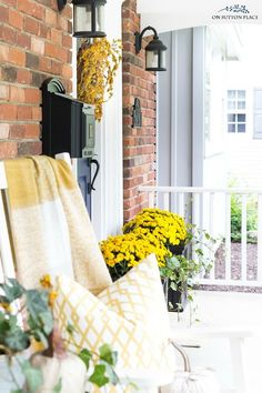 Easy front porch ide