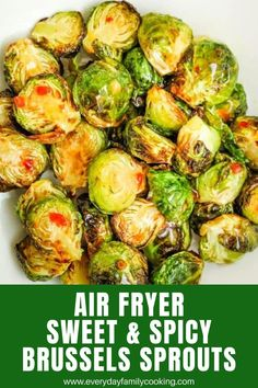 Spicy Brussels Sprouts Recipe, Fried Brussel Sprouts, Cooking Brussel Sprouts, Sprout Recipes, Spicy Recipes, Easy Recipes, Delicious Recipes, Sweet Chilli, Sweet And Spicy