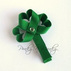 Shamrock Ribbon Sculpture Hair Clip Tutorial