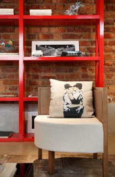 Inside Andre Piva Arquitetura's Office