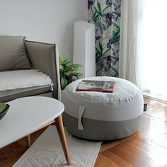 Round Ottoman / Pouf / Bean bag / Footstol / Floor cushion in light gray & dark gray color, made of soft and quality - Italian Benetton cotton fabric. Perfect addition to your autumn & winter living room, or as additional low seat for guests. Lovely details as hidden zipper and handle. *The