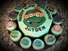 Turtle Cake and Cupcakes Ninja Turtle Birthday Cake, Tmnt Cake, 4th Birthday Parties, Birthday Cakes, Birthday Ideas, Birthday Cake Decorating, Ninja Turtles, Cupcake Cakes, Cupcakes