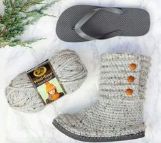 CABIN BOOTS - made by crocheting them with a pair of Flip Flops! Directions --> http://makeanddocrew.com/crochet-boots-flip-flops-pattern-video/
