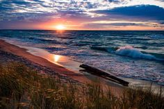 Here's another gorgeous Lake Michigan sunset photo from the shores of Dunbar Beach at the Indiana Dunes National Lakeshore. Photo by… Lake George Village, Indiana Dunes, Summer Vacation Spots, Park Service, Sunset Photos, Lake Life, Lake Michigan, Best Vacations, Ciel