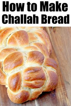 How to make challah braided bread easily at home. Ingredients you will need and technique for making this special bread in Jewish cuisine. Recipes With Yeast, Cooking Recipes, Baking Bread At Home, Instant Pot, Challah Bread Recipes, Slow Cooker Bread, Homemade White Bread, Braided Bread, Easy Bread