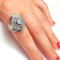 Sz 9 Vintage Poison Ring Moonstone Sterling by Steampunkitis