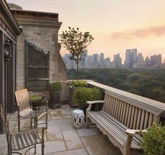 New York Apartments Exterior With 12 Exterior Central Park Balcony Apartment View New York Teak Bench Chinese Garden Stool New York Apartments, New York City Apartment, Manhattan Apartment, Outdoor Rooms, Outdoor Gardens, Outdoor Living, Roof Gardens, Interior Exterior, Exterior Design