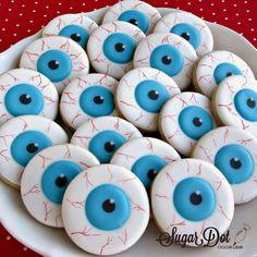 Halloween Snacks, Halloween Cupcakes, Comida De Halloween Ideas, Pasteles Halloween, Halloween Cookie Recipes, Halloween Cookies Decorated, Halloween Sugar Cookies, Holloween Cookies, Decorated Cookies