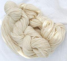 Schurwolle 8-3 Naturweiß - gezwirnte Schurwolle - Das Wollschaf (natürlich & kreativ)
