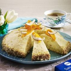Mango-Kokos-Kuppeltorte Cornbread, French Toast, Mango, Breakfast, Ethnic Recipes, Food, Millet Bread, Manga, Morning Coffee