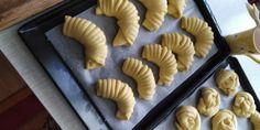 Sladké venčeky a rožky z kysnutého cesta (fotorecept) - obrázok 10 Pie, Desserts, Food, Torte, Tailgate Desserts, Cake, Deserts, Fruit Cakes, Essen
