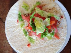 Yumi wrap - spicies - chiken - cheese - cream - peppers - tomatoes - salade