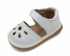 Squeaky Shoes | White Flower Punch Toddler Girl Sandals