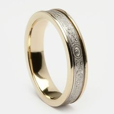 ooohhh...loving this one...this is my most favorite...Warrior Wedding Ring (C-840) - Celtic Wedding Rings #weddingring