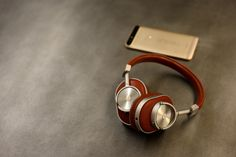 Review: Master & Dynamic's MW60 makes wireless headphones look cool again - http://eleccafe.com/2016/03/23/review-master-dynamics-mw60-makes-wireless-headphones-look-cool-again/