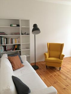 Popular Farbiger Ohrensessel f r die gem tliche Wohnzimmer Einrichtung Sessel Einrichtung