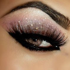 Smokey eyes with Glitter